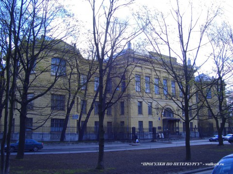 НИИ акушерства и гинекологии здание. 2007.05.05.