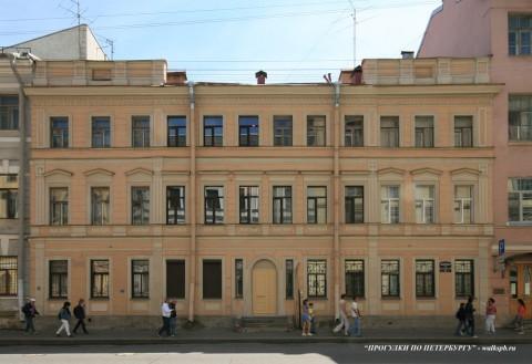 Чернега А.В., Миллионная ул. 28. 23.06.2012.