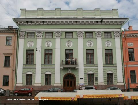 Чернега А.В., Особняк С. С. Абамелек-Лазарева. 06.06.2013.