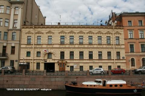Чернега А.В., Дом Лобановых-Ростовских. 06.06.2013.
