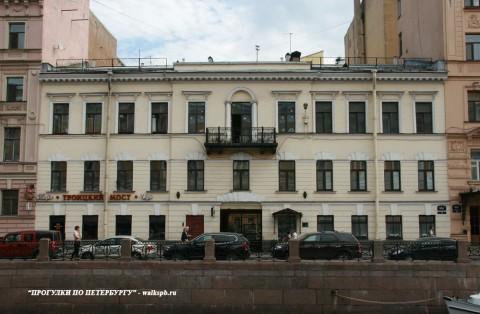 Чернега А.В., наб. р. Мойки, 30. 06.06.2013.