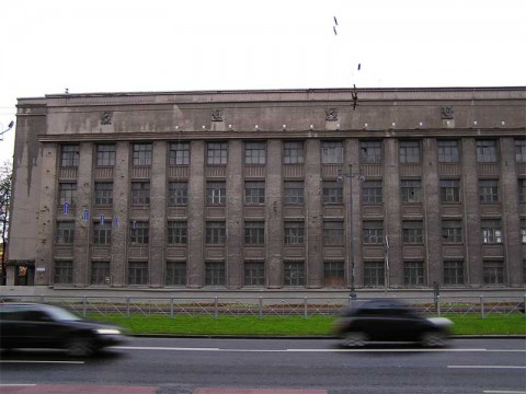 Московский пр., 96.