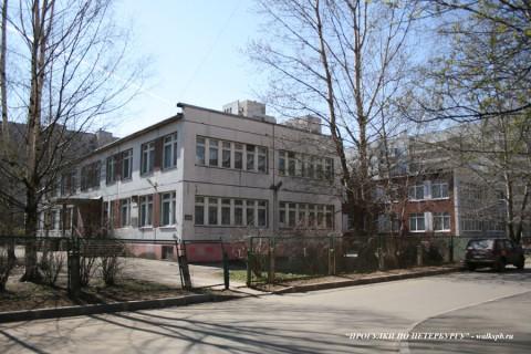 Наличная ул., 40/3. 2008.04.26.