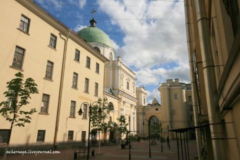 Чернега А.В., Пешеходная зона у костёла святой Екатерины. 18.05.2012.