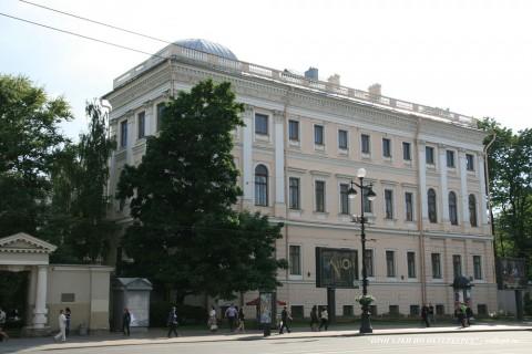 Чернега А.В., Аничков дворец. 16.06.2012.