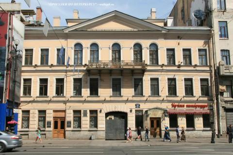Чернега А.В., Невский пр. 70. 23.06.2012.