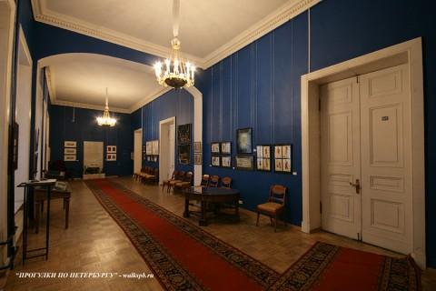 Зал в особняке Д. Е. Бенардаки. 2009.11.29.