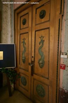 Чернега А.В., Дверь кабинета. 27.04.2012.