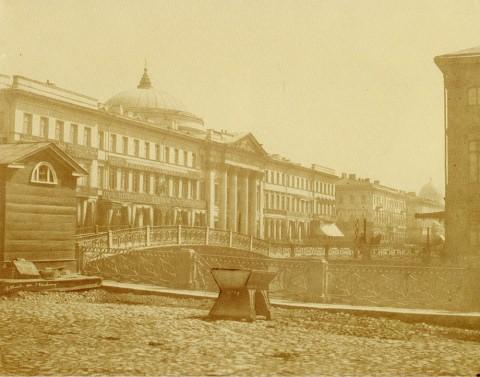 Юар Э., Голландская церковь на Невском проспекте, вид от Полицейского моста. 1856 год.