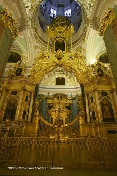 Иконостас Петропавловского собора. 2008.04.20.