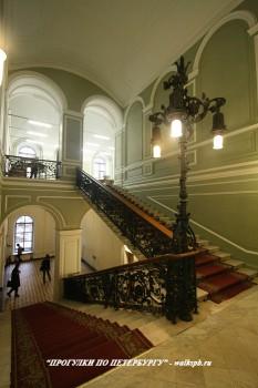 Чернега А.В., Парадная лестница. 05.03.2014.