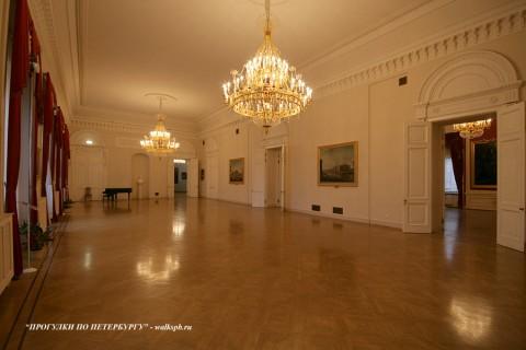 Общий Столовый зал в Михайловском (Инженерном) замке. 2009.12.06.