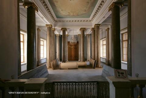 Церковный зал в Михайловском (Инженерном) замке. 2010.08.22.
