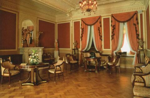 Гостиная во дворце А. Д. Шереметева. после 2006 года.