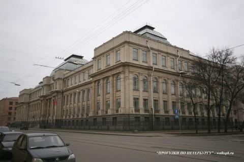 Здание ВСЕГЕИ. 2008.04.19.
