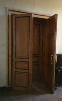 Двери в особняке В. Ф. Утемана. 2011.11.20.