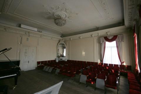 Концертный зал в особняке В. Ф. Утемана. 2011.11.20.
