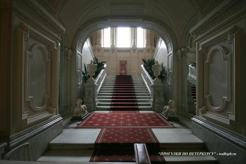 Вестибюль в Юсуповском дворце. 2009.04.15.