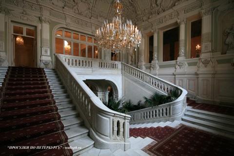 Парадная лестница в Юсуповском дворце. 2009.04.15.