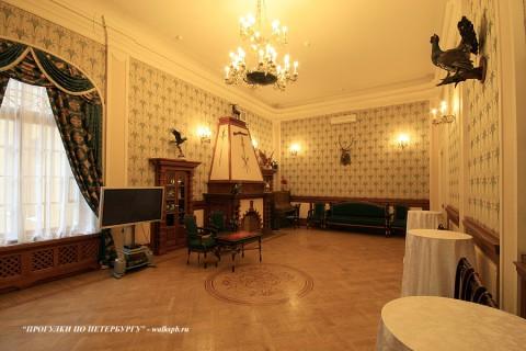 Каминный зал в особняке Нейдгарта. 2009.05.14.