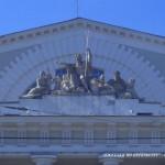 Скульптурная группа на фронтоне здания Биржи