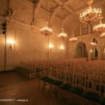 Белый зал во дворце вел. кн. Владимира Александровича