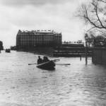Наводнение на Большом проспекте Васильевского острова