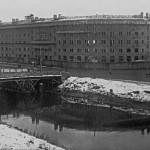 Угловой фасад строящегося жилого дома для рабочих завода «Красный треугольник» на набережной Обводного канала