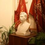 В прихожей музея-квартиры С. М. Кирова