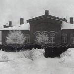 Вид здания приютап (дачи) принца П. Г. Ольденбургского в Лесном на Большой Спасской улице