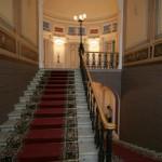 Парадная лестница в Доме военного министра